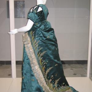 Women's dress_2