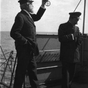 Capitano con anello equinoziale  - Africa  (1907-1908)