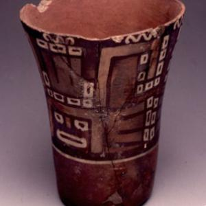 Bicchiere,  900 – 1100 d.C. (Tiawanaku costiero)