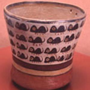 Bicchiere con piccoli roditori dipinti (Nasca)