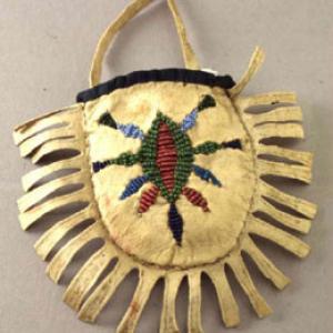 Borsina femminile di tipo commerciale, fine '800 (Sioux dell'Est, Santee – Yankton)