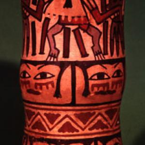 Vaso cilindrico (florero), 0 – 400 d.C. (Nasca 5/6/7