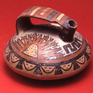 Vaso lenticolare, 125 (?) – 400 (?) d.C. (Nasca 6/7) (?)