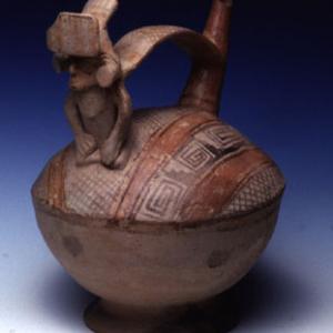 Vaso fischiatore, 500 – 600 d.C. (Lima, sottostile Nieveria)