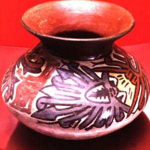 Vaso biconico, 125 – 225 d.C. (Nasca 6)