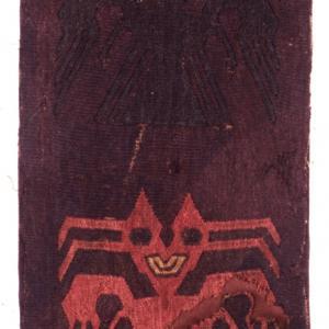 Frammento di tessuto con raffigurazione di due demoni-pipistrello